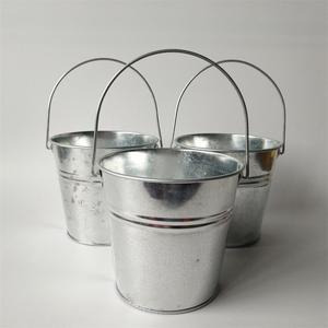 Image 2 - 6 Pz/lotto secchio di Metallo scatola di latta vasi di fiori fioriere Balcone di fiori Vasca grande Secchi