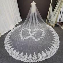 Фата свадебная длиной 4 метра однослойная с кружевной аппликацией