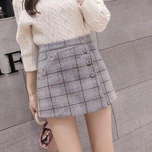 Image 4 - 2020 neue Mode einreiher Plaid Shorts Röcke Frauen Koreanische Vintage Woolen Shorts Herbst Winter Beiläufige Culottes