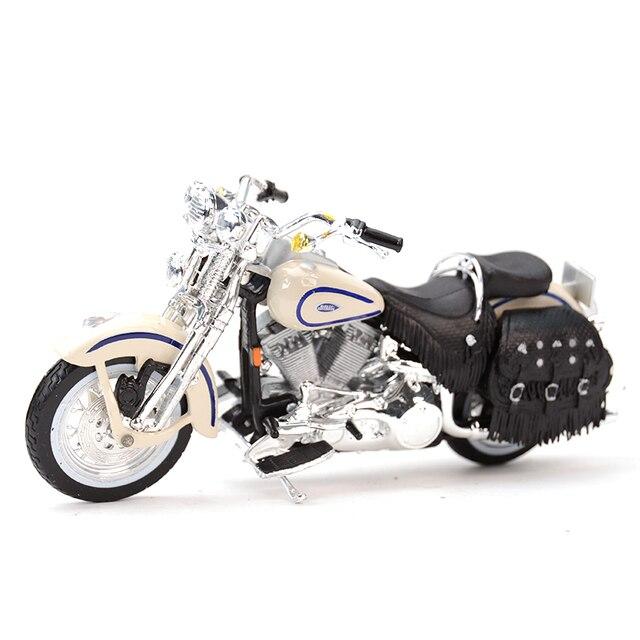 Maisto 1:18 1997 Flsts ヘリテイジスプリンガーダイキャスト合金オートバイモデルのおもちゃ