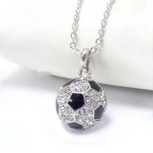Модное ожерелье с подвеской в виде спортивного футбольного мяча