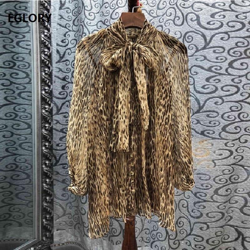 Top qualité Blouse en soie 2019 été automne décontracté femmes noeud col Sexy sauvage imprimé léopard à manches longues bouton ample chemise