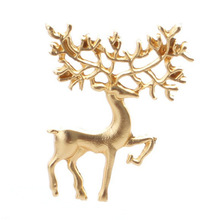 2019 European and American jewelry Christmas elk brooch fashion vintage literary matte gold dream fairy pin