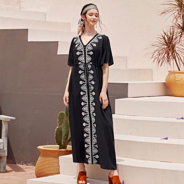 2020 אלגנטי רקום שחור כותנה טוניקת נשים וחוף קפטן סקסי V צוואר פרפר שרוול קיץ שמלת חוף חיפוי Q1042
