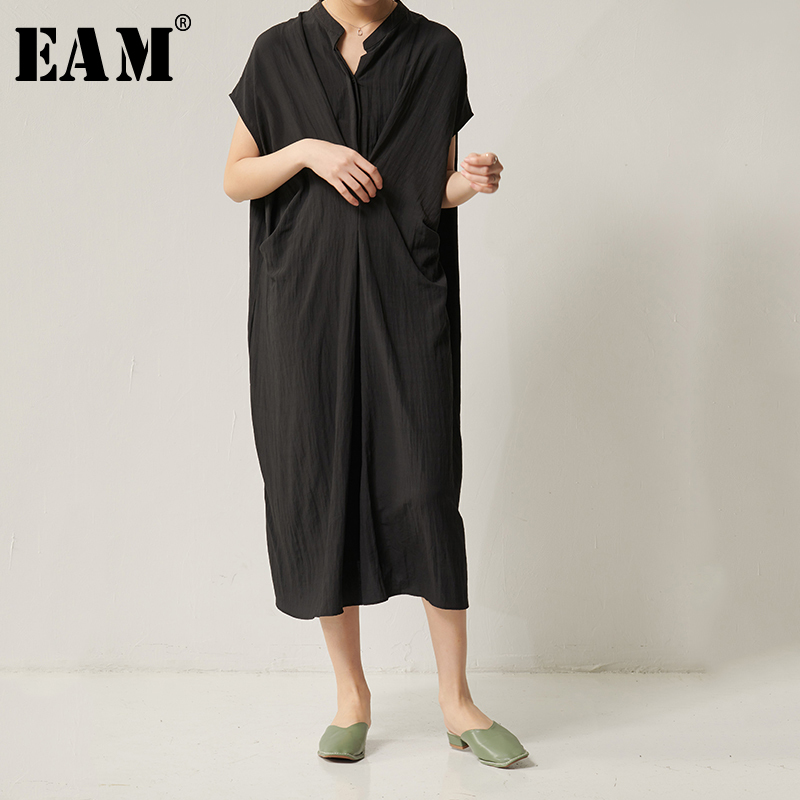 [EAM] Women Black Knot Split Big Size Dress New Stand Collar Short Sleeve Loose Fit Fashion Tide Spring Summer 2020 1S949