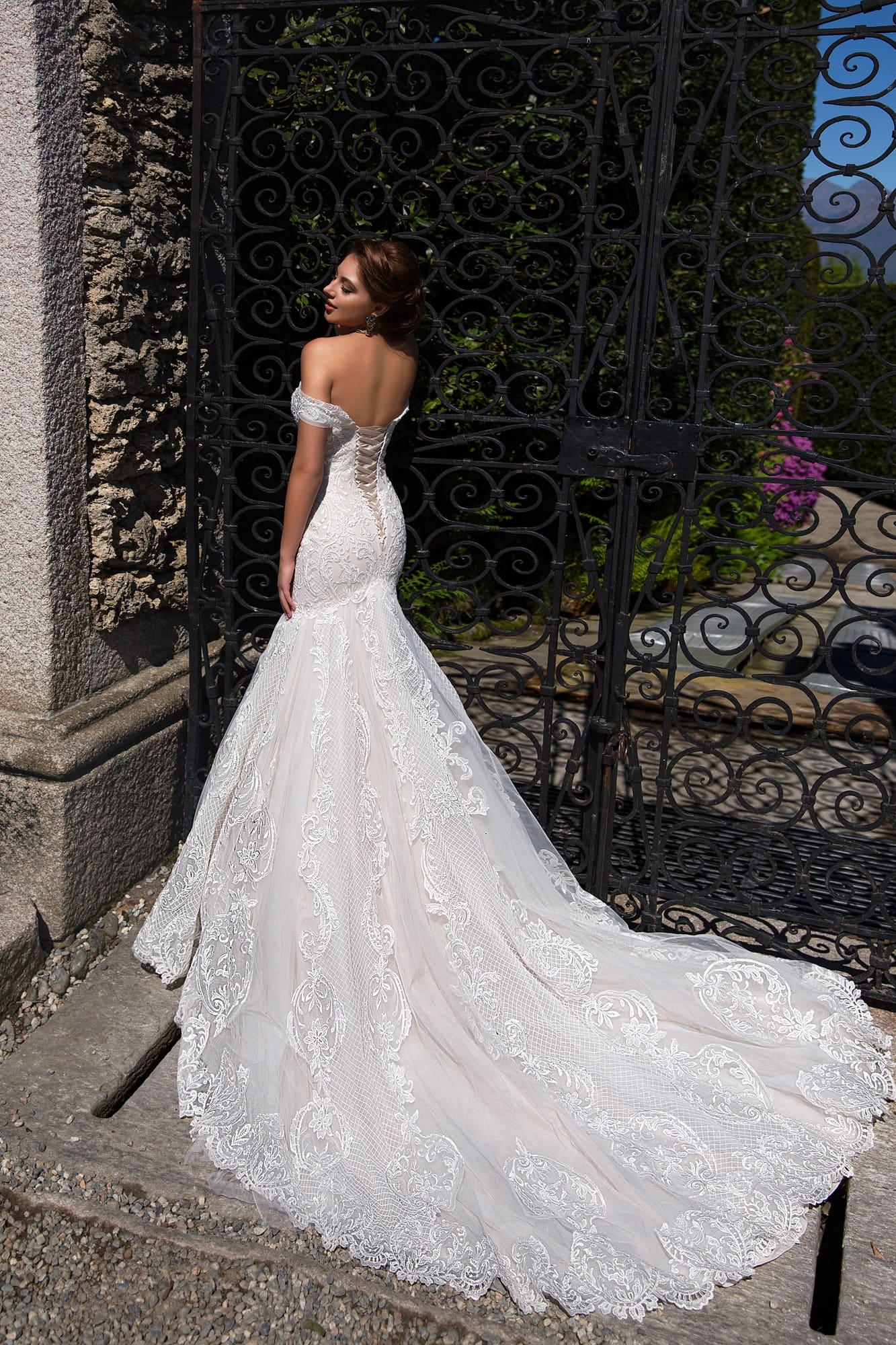 Image 3 - Off Shoulder Mermaid Wedding Dress 2020 Lace Up Back Appliqued Tulle Wedding Gowns Bride Dress Lace Wedding Dress MariageWedding Dresses   -