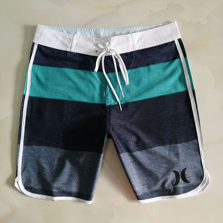 Summer Hot Sales Men Seaside Surfing Beach Shorts Loose And Plus-sized Comfortable Surfing Shorts Classic Pants