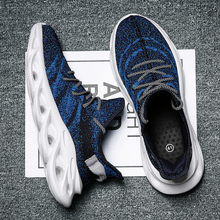 New Couples Sneakers Men Flyknit Comfortable Breathable Zapatos De Hombre Walkin