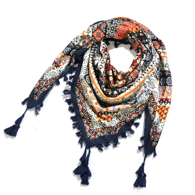 Bohemian Scarf Women Winter Wrap Retro Pattern Tassel Female Scarf Big Square Scarf 115cm Cotton Foulard Floral Handkerchief