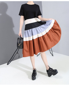 [EAM] Women Black Contrast Color Pleated Midi Dress New Round Neck Short Sleeve Loose Fit Fashion Tide Spring Summer 2020 1W588