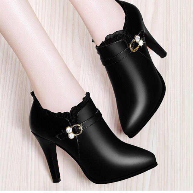 2020 bahar moda yüksek topuklu yarım çizmeler kadın elbise ayakkabı dantel sivri burun ayak Botas Mujer Rhinestone patik gladyatör siyah kırmızı
