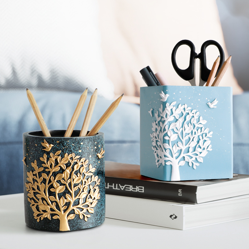 1 Pc Creative Resin Cute Pen Holder Office Desktop Decor Organizer Round Square Cosmetic Pencil Pen Holders Stationery Container