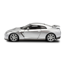 Ant 1:18 Diecast Car Toy Fast and furious than the high alloy model gtr car sports original factory