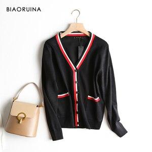 Image 3 - BIAORUINA mujer estilo pijo golpe Color cuello pico punto Cardigans mujer solo pecho moda suelta suéter de estilo coreano