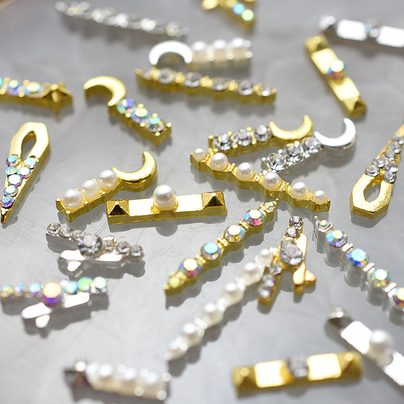 2020 10pcs Gold 3D Simple Charm Crystal Japan Nail Rhinestone Alloy Nail Art Decorations Glitter DIY Nails Accessories Supplies