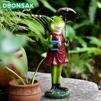 Garden Decoration Mr. Frog Holding A Book With An Umbrella Solar Lamps Animal Sculpture Resin Figurine House Garden Yard Decor
