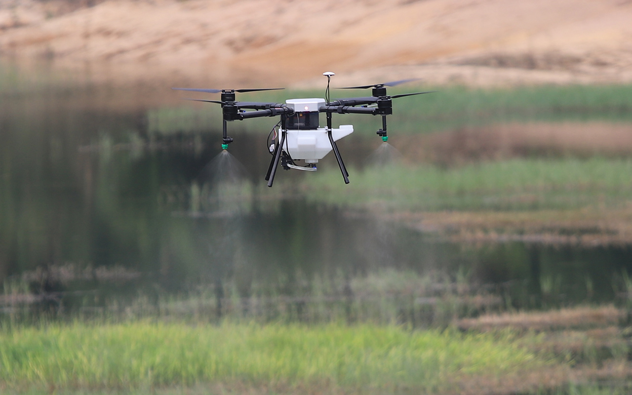 Automatic Fertilizer Spray Drone-5L Agriculture Spraying Drone-GPS-4