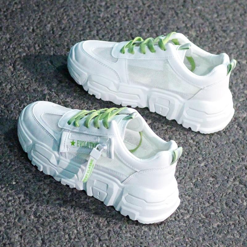 Zapatillas blancas 2020 para mujer, a la moda suela gruesa, Tenis femeninos de verano, zapatos informales transpirables con plataforma para mujer, zapatos vulcanizados de papá mayor 4