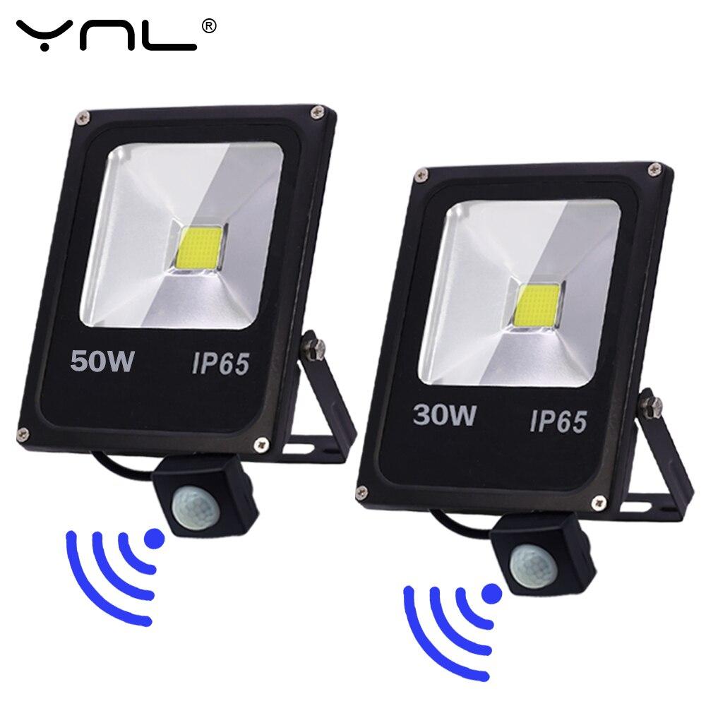 Motion Sensor LED Flood Light 220V Led Outdoor Floodlight 50W 30W 10W Outdoor Lighting LED Reflector Spotlight Projector Lights
