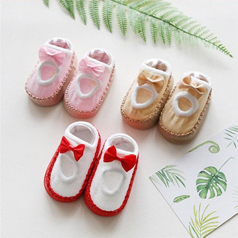 Новые детские носки-тапочки новая весенне-летняя Нескользящая кожаная обувь для малышей носки для девочек от 0 до 3 лет с бантом