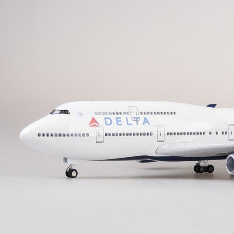 1/150 Schaal 47cm Vliegtuig Boeing B747 Vliegtuigen DELTA Airline Model W Licht en Wiel Diecast Plastic Hars Vliegtuig Voor collectie-in Diecast & Speelgoed auto´s van Speelgoed & Hobbies op  Groep 3
