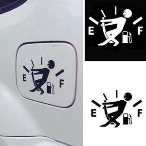 1pc Black / White Funny Car Sticker Pull Fuel Tank Pointer Reflective Car Stickers Decal Exterior Accessories Car Stickers