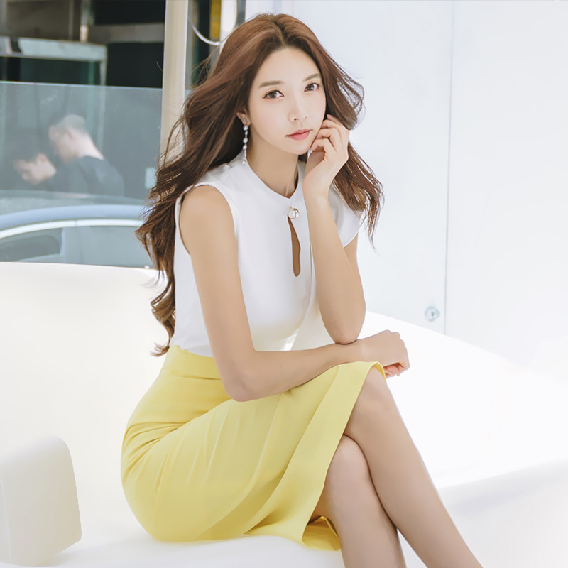 2018 Summer New Style Korean-style Hollow Out Crew Neck Sleeveless Flounced Shirt + Slim Fit Sheath Skirt Set