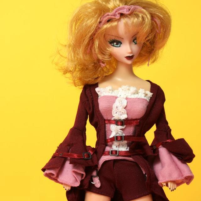 מכירה מוגבלת מגניב ילדה בובת 30cm Cartoon פנים יפה נשים בציר בובות (גוף לצבוע)