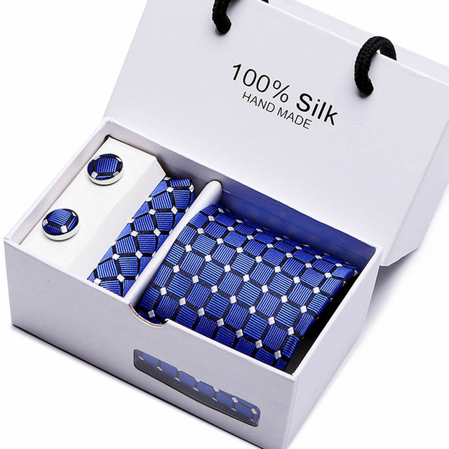 Gentlemen's Luxury Gift Box - Tie, Hanky & Cufflink 2