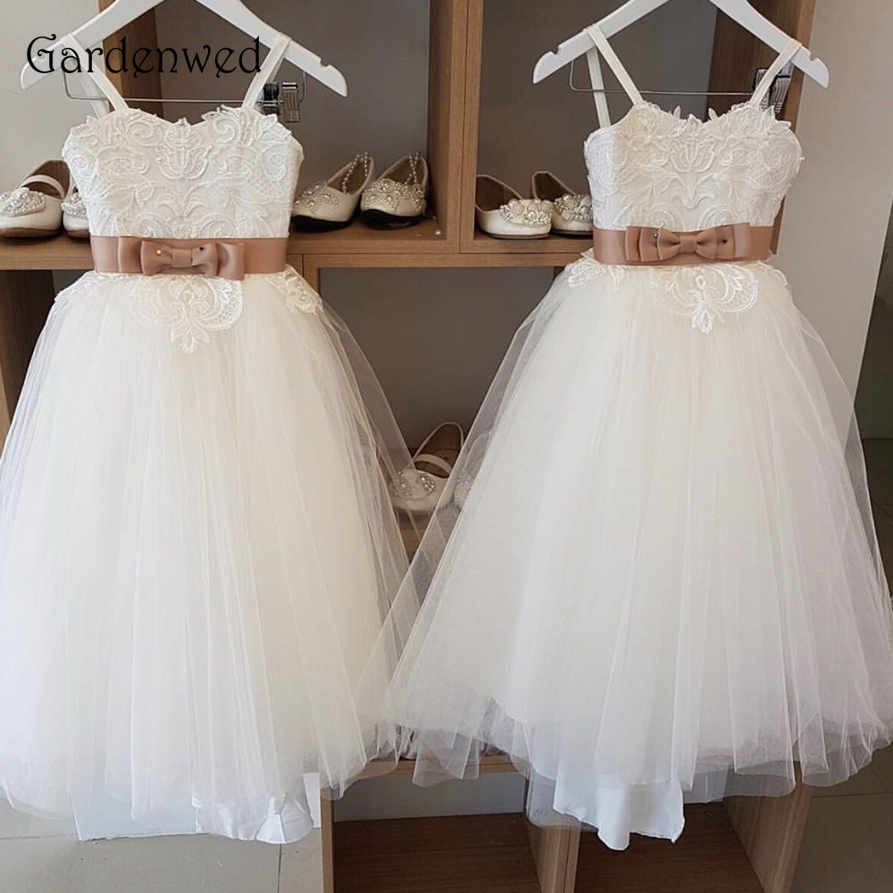 Gardenwed Bow Knot Brown Belt Spaghetti Straps Appliques Lace Cute Semi A line Ivory Flower Girl Dresses 2019