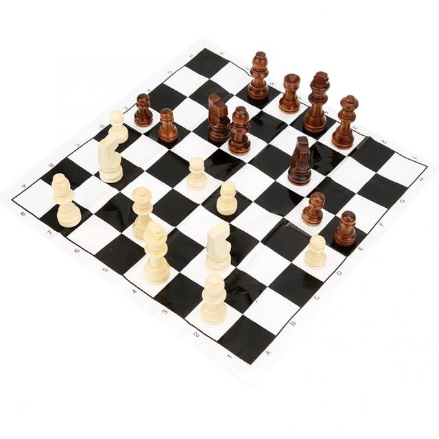 32 pièces échecs pliable en bois jeu d'échecs jeux de voyage échecs Parent enfant Interaction Puzzle jouet cadeau enfants jeux d'échecs 6
