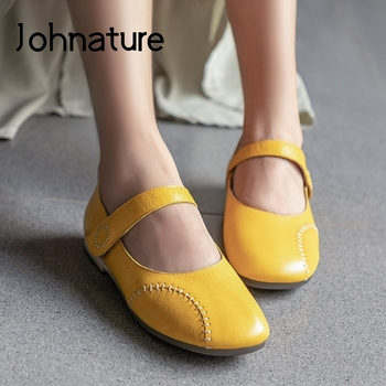 Johnature Hook & Loop Flats Women Shoes 2020 New Spring Genuine Leather Handmade Casual Round Toe Shallow Sewing Ladies Shoes