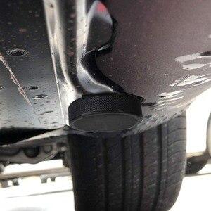 Image 2 - 4 pezzi di sollevamento in gomma Jack Pad adattatore strumento telaio custodia per Tesla modello 3 modello S modello X Jack Lift Point supporto accessori auto