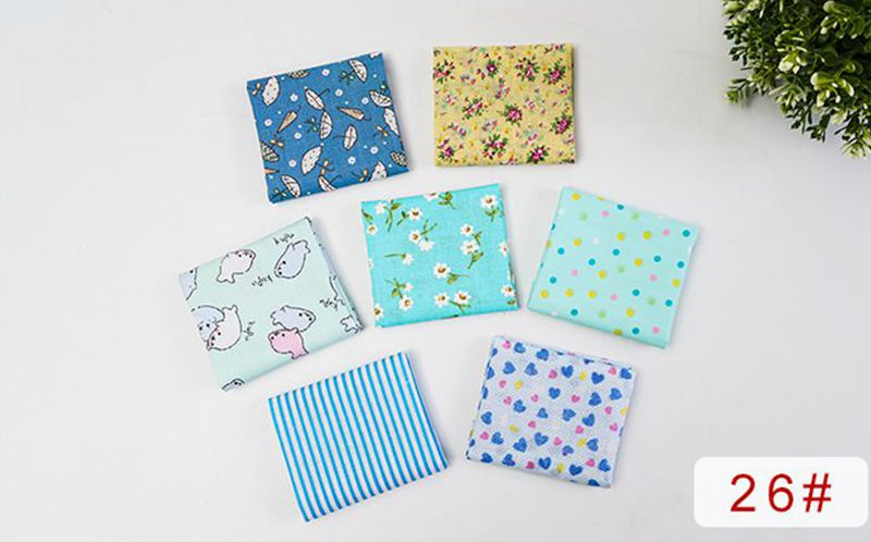 H88f4ea4a4ecc4a03a0b2c6c7c19ec532I 25x25cm and 10x10cm Cotton Fabric Printed Cloth Sewing Quilting Fabrics for Patchwork Needlework DIY Handmade Accessories T7866