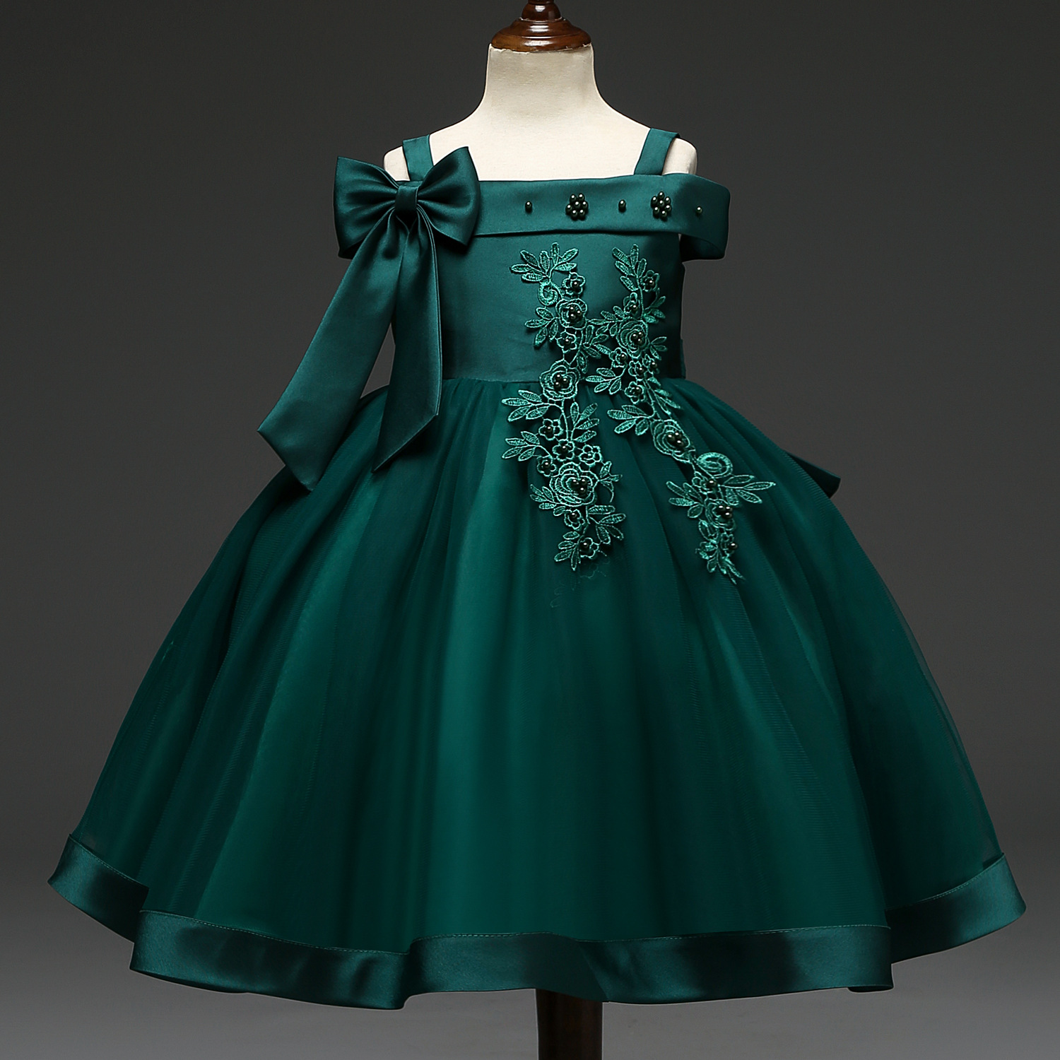 Europe And America CHILDREN'S Dress Princess Dress Children Dress Girls Host Catwalks Performance Wear Skirt