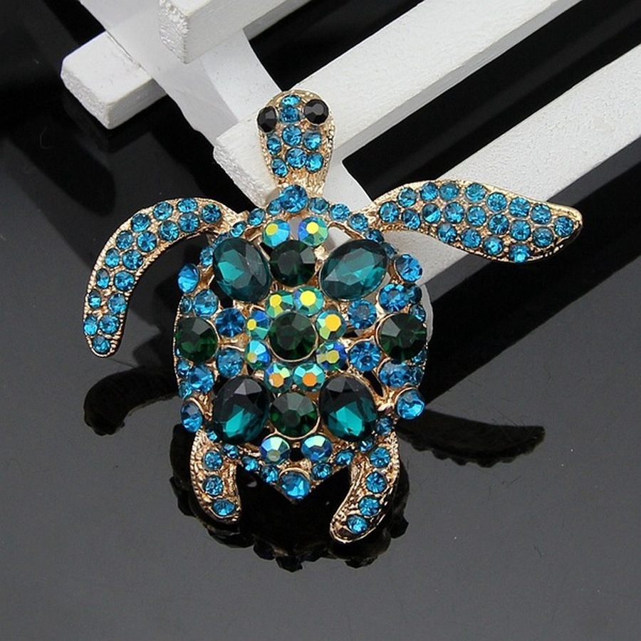 Risyh Brooches Coat Accessories Pin Dragonfly Crystal Cute Jewelryfashion Dress
