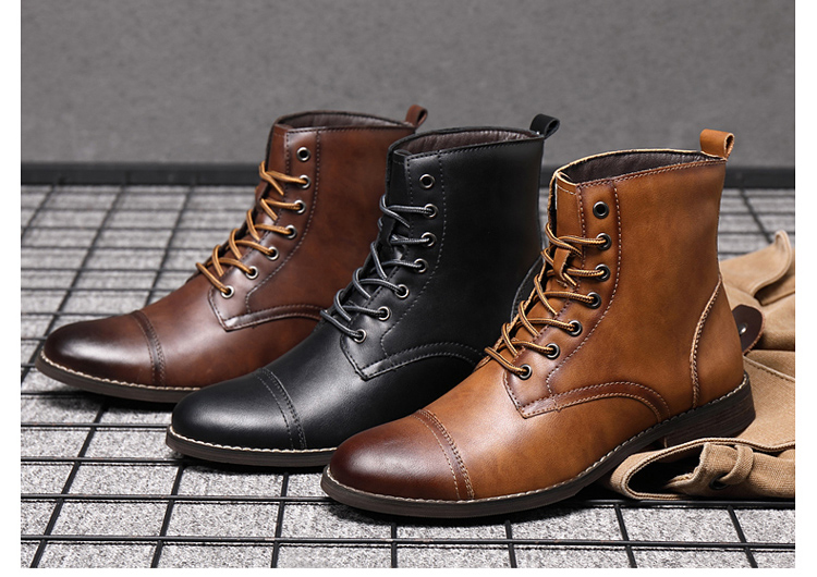 LEATHER BOOTS (4)