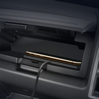 Auto drahtlose schnelle ladegerät für Mercedes Benz W205 W213 W222 W204 W212 W221 GLC nicht-slip silikon stand dashboard halter halterung