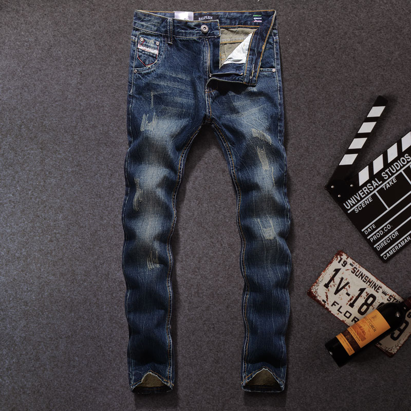 Italian Style Fashion Men Jeans Black Blue Color Slim Fit Ripped Jeans Men Classical Denim Pants Slim Fit Vintage Designer Jeans