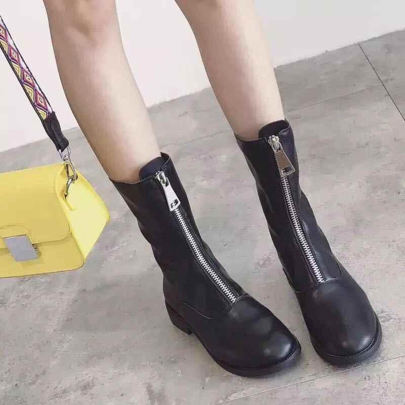 Botas de tobillo de mujer SWYIVY 2019 otoño nuevos zapatos de moda mujer botas de motocicleta Color caramelo cremallera frontal Martin botas negro/ blanco