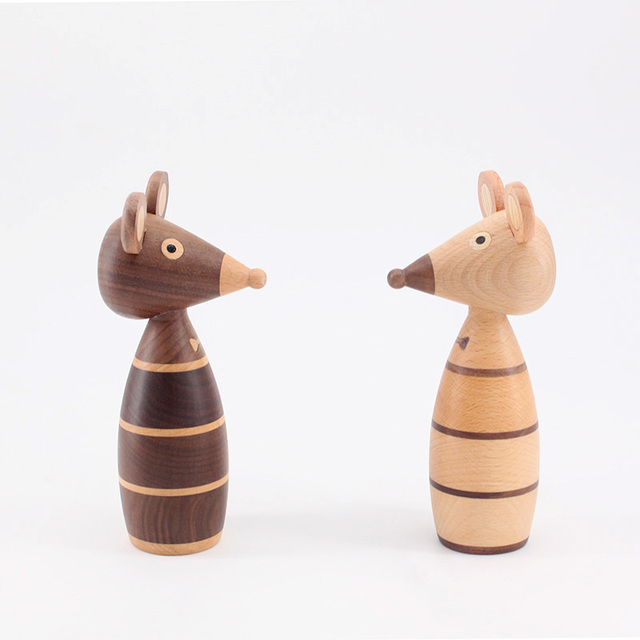 Wooden ornaments couple mouse creative home decoration porch puppet coffee shop decorative arts and crafts gift 3