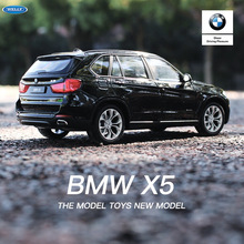 цена на welly 1:24 BMW X5  car alloy car model simulation car decoration collection gift toy Die casting model boy toy