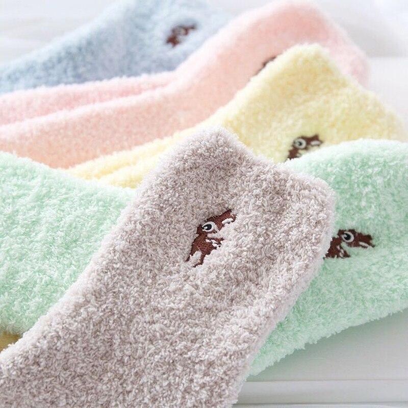 Embroidery Fawn Socks Thickening Women Cotton Lovely Plush Keep Warm Sleep Ladies Cute Floor Fluffy Terry Socks Hosiery Winter