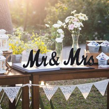 3pcs/lot Table Ornaments Mr and Mrs Letter Wooden Signs English Letters Wedding Engagement Party Table Decoration