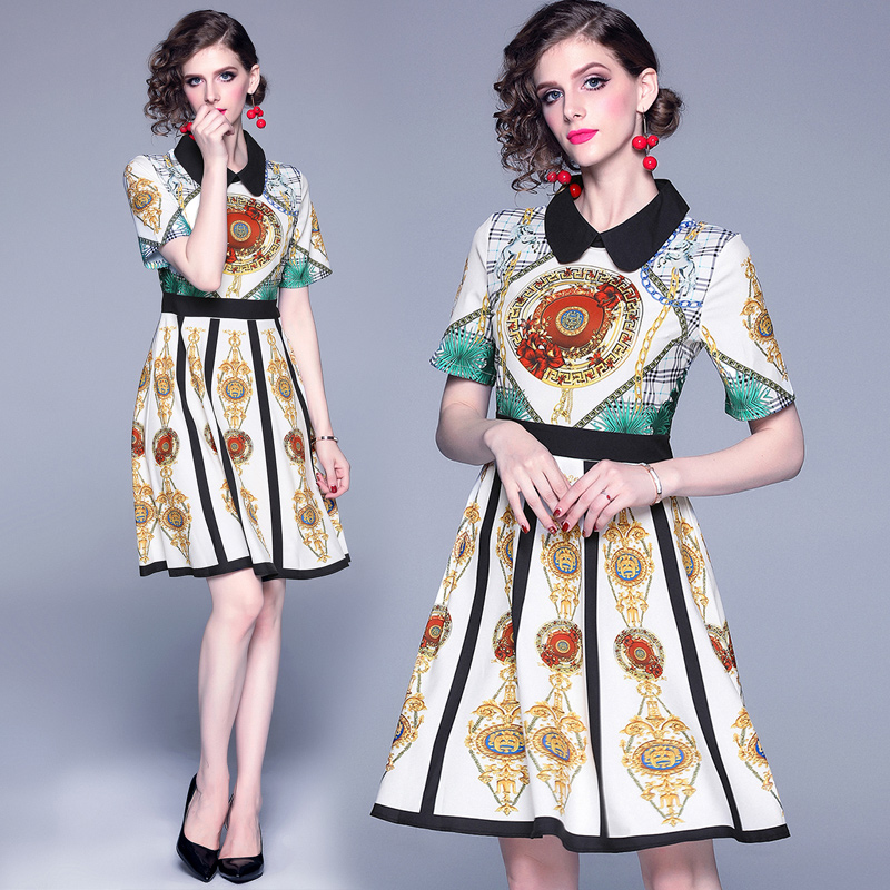 Nouvelle Station européenne Port-aromatisé Flip-col manches courtes couleur taille haute et robes de grand style