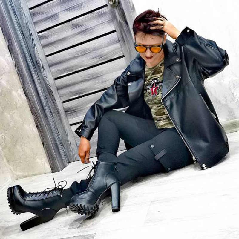 Platform Çizmeler Kadın Ayak Bileği Kışlık Ayakkabı Kadın Çizmeler Lace Up Peluş Düz Sonbahar Yuvarlak Ayak rahat ayakkabılar Artı Boyutu Bayanlar Ayakkabı