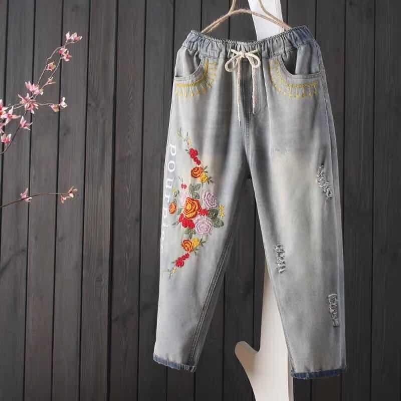 New Arrival Summer Women Elastic Waist Loose Casual Jean Capri Pants Vintage Flower Embroidery Cotton Denim Harem Pants S496