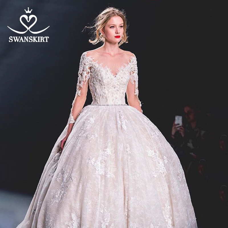 Swanskirt Beaded Ball Gown Wedding Dress 2019 Long Sleeve Appliques Lace Bridal Gown Princess Chapel Train vestido de noiva U112-in Wedding Dresses from Weddings & Events