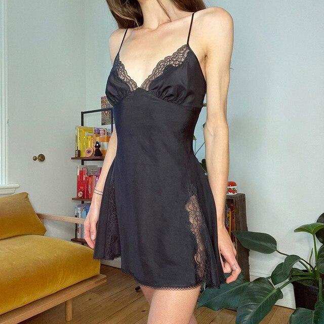 Darlingaga V Neck Satin Strap Sexy Black Dress Women Lace Patchwork Backless Summer Dress Mini Side Split Ladies Dresses Fashion 2