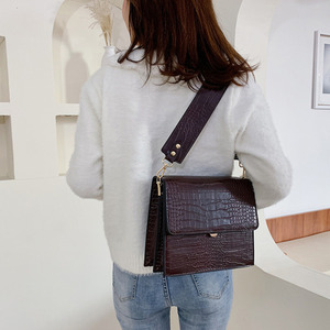 Image 3 - [BXX] אבן דפוס עור מפוצל Crossbody שקיות לנשים 2020 סתיו מותג מעצב כתף שליח תיק נשי תיקי HI917